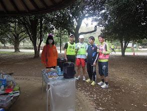 Photo: エイドにて、ぐーたくん+かずき、ヤス+ひーろ