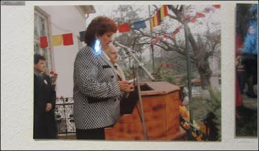 "Photo: Str. Dr. Ioan Ratiu, Nr.71 - Casa Familiei Ratiu monument istoric Ion Ratiu in vizita la casa Familiei Ratiu sursa  ""Expoziția de fotografie Ion Rațiu. Un destin pentru România. - 2016.07.21  foto https://picasaweb.google.com/114438352800090731131/6312042905474465169?feat=flashalbum#6313089943546777202 Album expozitie  http://ana-maria-catalina.blogspot.ro/2016/07/expozitia-de-fotografie-ion-ratiu-un.html"