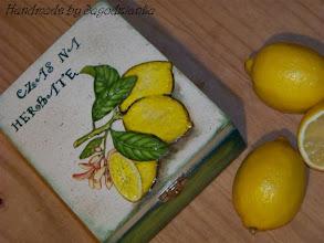 Photo: TEA BOX