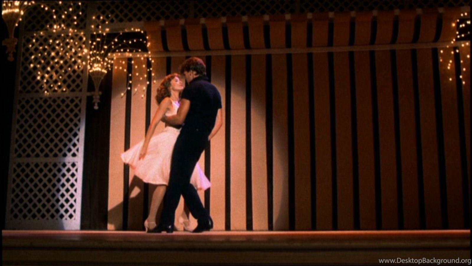 "Image of Patrick Swayze and Jennifer Gray dancing in ""Dirty Dancing"""