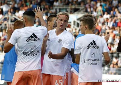 Paars-wit in 't nieuw: Anderlecht krijgt na meer dan dertig jaar Adidas nieuwe kledingsponsor