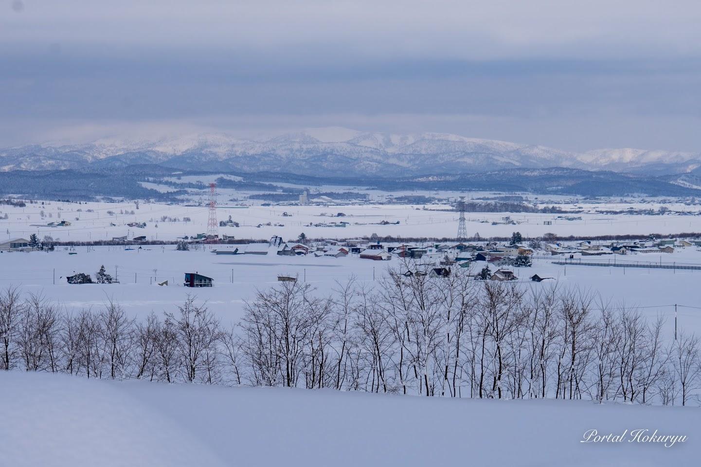 白い町景色