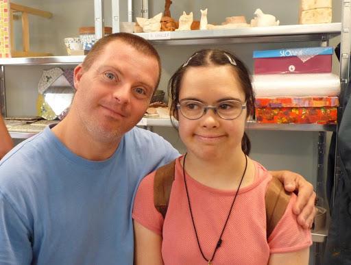 personnes handicapée mentales homme et femme