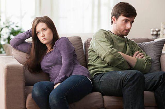 Một gia đình lạnh nhạt, không có tiếng cười luôn căng thẳng thì sẽ khiến vợ chồng nhanh chán nhau.