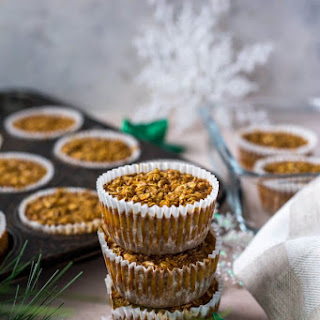 Meal Prep Gingerbread Oatmeal Cups.