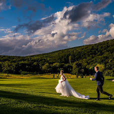 Wedding photographer Denisa-Elena Sirb (denisa). Photo of 13.08.2018