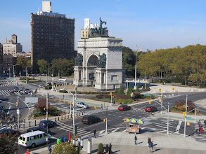 Photo: The view of Grand Army Plaza. It was a beautiful, bright day.