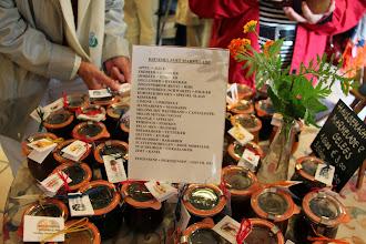 Photo: Her blev også handlet og købt mange forskellige slags marmelader