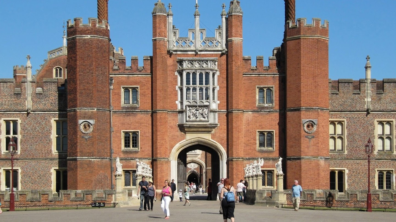 Watch Inside Hampton Court Palace live
