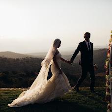 Wedding photographer Vasiliy Tikhomirov (BoraBora). Photo of 27.01.2015