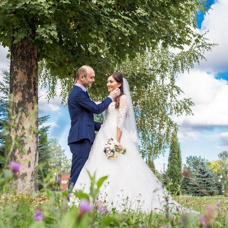 Wedding photographer Georgiy Lapinskiy (fotologist). Photo of 24.11.2015