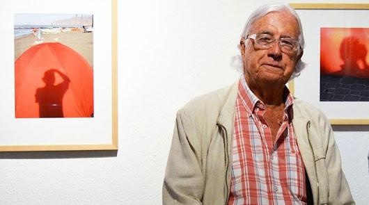 """Luto por Pérez Siquier, el hombre """"que mejor supo ver la luz de Almería"""""""