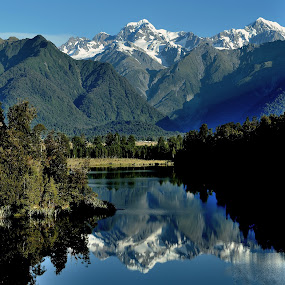 Mount Cook by Tomasz Budziak - Landscapes Mountains & Hills ( reflection, mountains, lake, landscapes, new zealand,  )