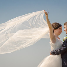 Wedding photographer Foto Iulian Sima (fotoiuliansim). Photo of 11.06.2015