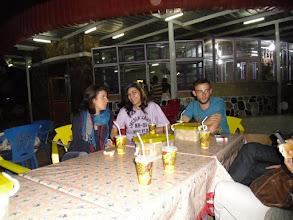 Photo: Una cena come tante...(Serena, Elena, Mark)