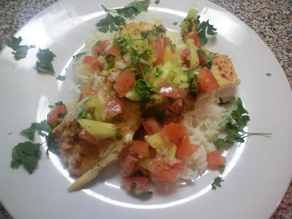 Pan Seared Tilapia With Spicy Pineapple Salsa Recipe