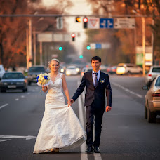 Wedding photographer Vladimir Amangaliev (Pavv). Photo of 12.11.2014