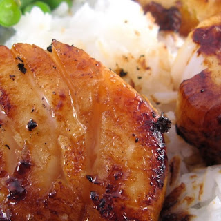 Seared Scallops with Spicy Honey-Citrus Glaze