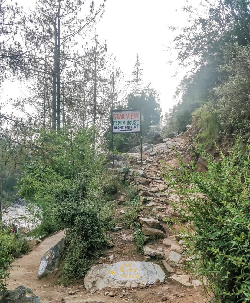 path+chalal+village+kasol+kullu+parvati+valley+india