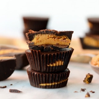 How to Make Healthy Peanut Butter Cups