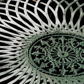 Iron Garden Table by Doug Faraday-Reeves - Artistic Objects Other Objects