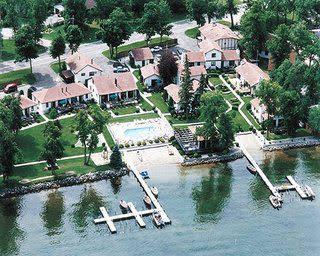 Lake Carlos Villas