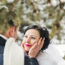 Wedding photographer Yuliya Amurskaya (1111UE1111). Photo of 10.12.2014