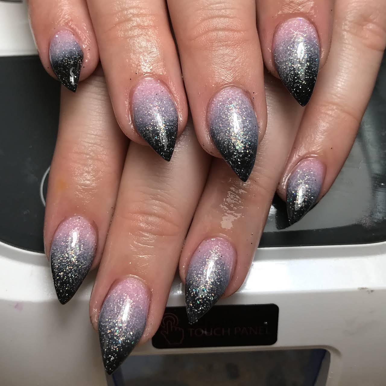 Fashion Nails - Nail Salon in Oakdale