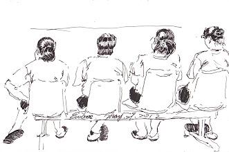 Photo: 四美圖2012.05.29鋼筆 脂粉盡去嬌媚斂 囚服加身競艷難 高跟鞋換藍白拖 姊妹繫獄恨尤然
