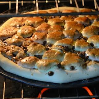 Smores Dessert Pizza.