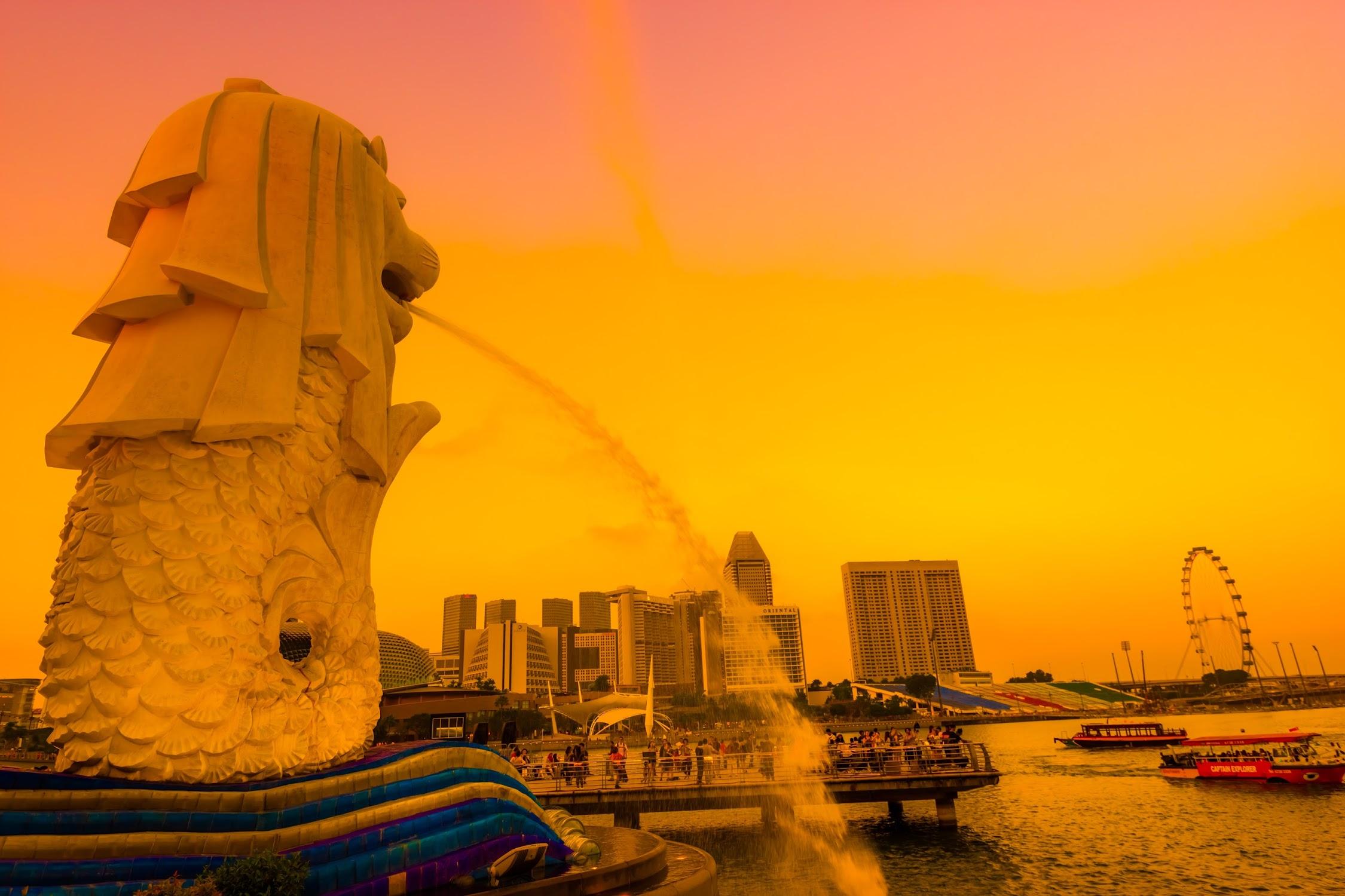 Singapore Merlion sunset1