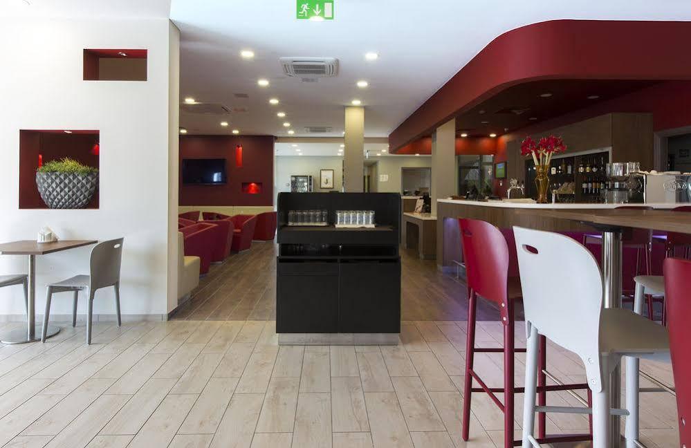 Campanile Vilnius Airport Hotel