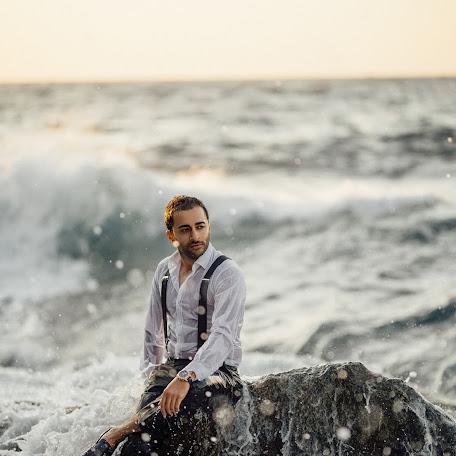 Wedding photographer Cumhur Ulukök (CumhurUlukok). Photo of 10.01.2018