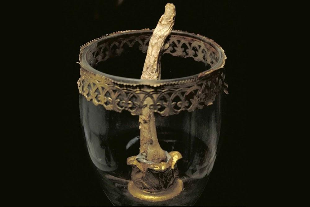 Os dedos perdidos de Galileu