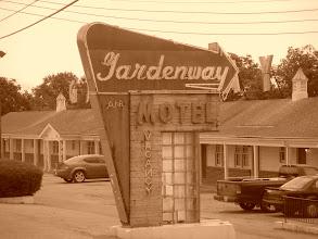 Photo: Classic motel along Route 66