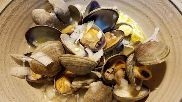 Sake-steamed Clams Recipe