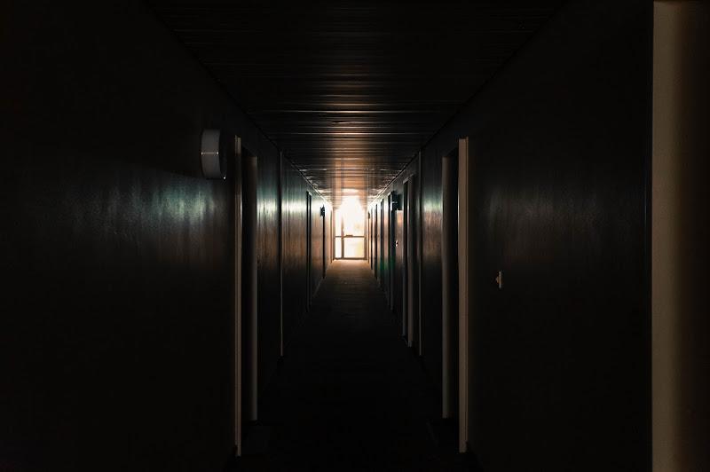 Corridoio di notte di Blondphoto