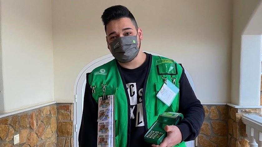 El vendedor más joven de la provincia de Almería, Aarón López.