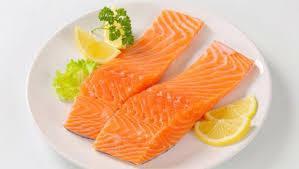 cá hồi làm cá hồi nướng chanh