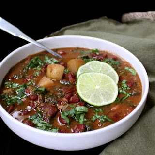 Kidney Beans Curry with Spinach and Potatoes.