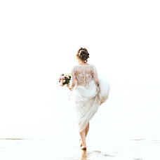 Wedding photographer Tolya Sarkan (sarkan). Photo of 13.06.2019