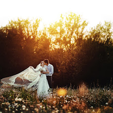 Wedding photographer Artur Postolov (artdes). Photo of 25.10.2014