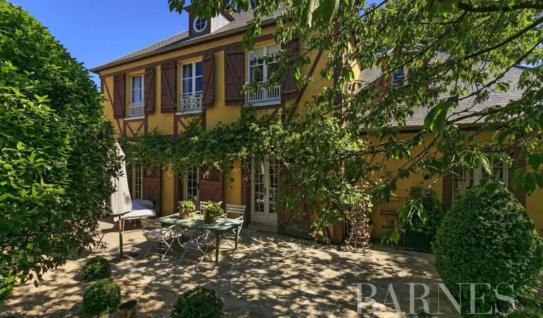 Property Maisons-Laffitte