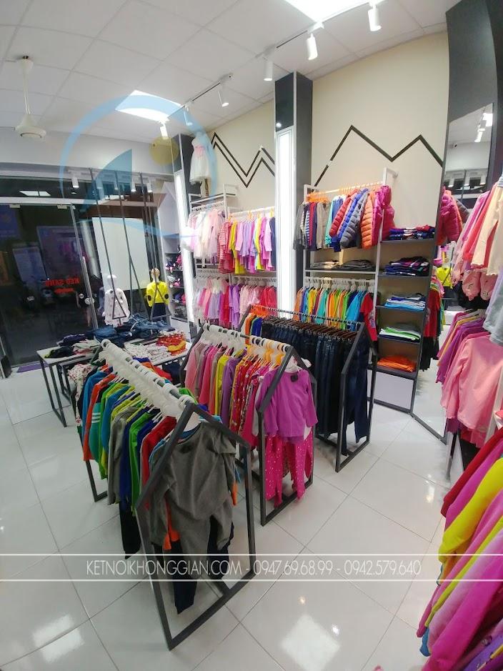 thi công shop quần áo 1
