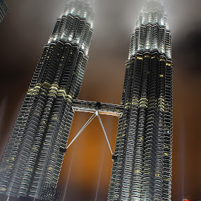 KLCC Twin Tower by Mohd Norsabree Sailan - Buildings & Architecture Architectural Detail ( amatuer, klcc, buildings, architecture, twin tower, kuala lumpur )