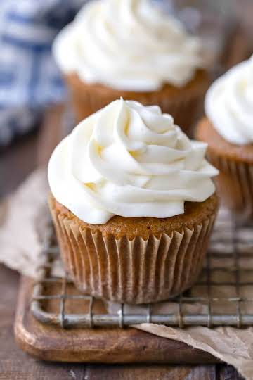Cream Cheese Frosting - I Heart Eating