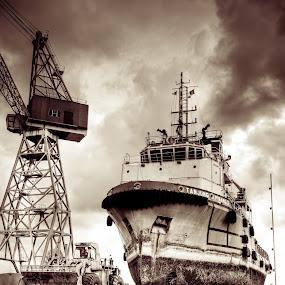 Dominator by Danial Abdullah - Transportation Boats