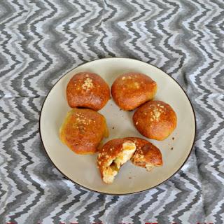 Jalapeno Cheddar Stuffed Pretzel Rolls