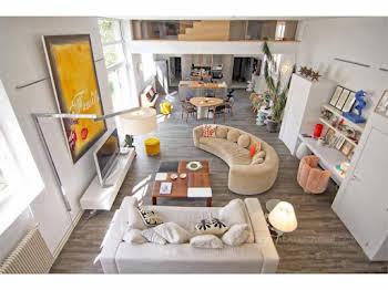 Maison 8 pièces 230 m2