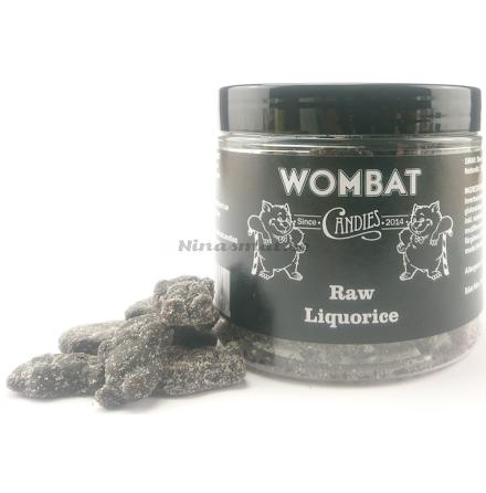 Saltlakrits rullad i lakritsgranulat - Wombat Candies